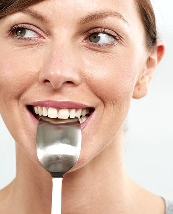 Ernährung in den Wechseljahren: Sollte ich auf bestimmte Lebensmittel verzichten?