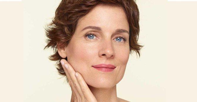 Kollagenverlust in den Wechseljahren: Was Sie bei dünner Haut tun können