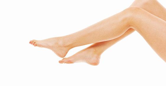 3 Tipps gegen geschwollene Füße im Sommer