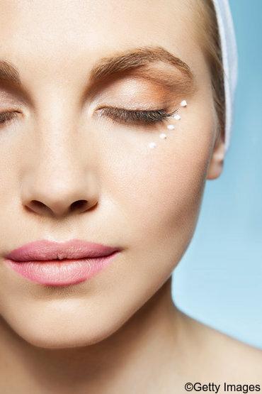 Serum gegen Falten für eine perfektionierte Gesichtspflege