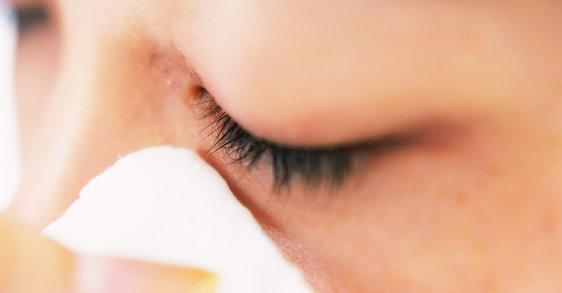 Wasserfeste Mascara richtig entfernen