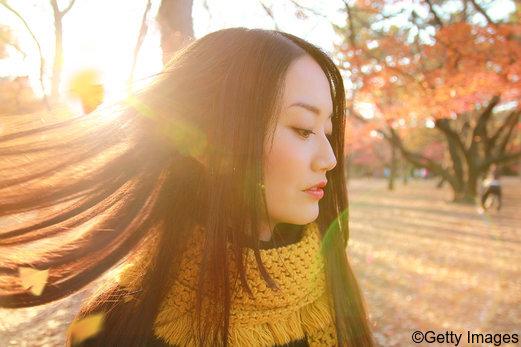 Saisonaler Haarausfall: Was tun?