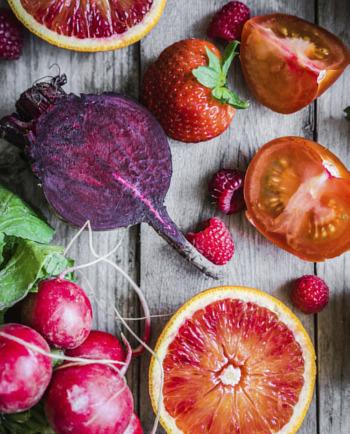 Lebensmittel für schöne Haut und Vitamine für die Haare