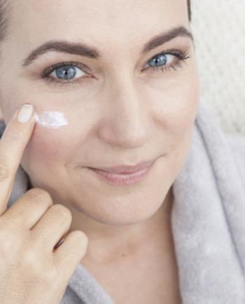 Gesichtspflege: Unterschied zwischen Anti-Falten- und Anti-Aging-Pflege