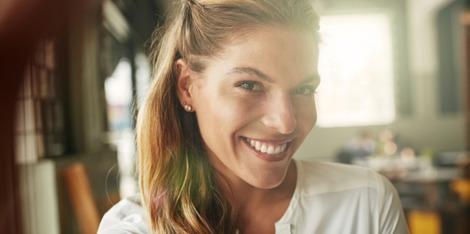 Wahr oder falsch: Fettige Haut braucht keine Anti-Aging-Creme