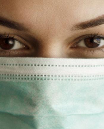 Maskentragen: Welche Folgen hat das für meine Haut?
