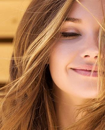 Natürlich aussehendes Make-up: Die besten Make-up Tipps