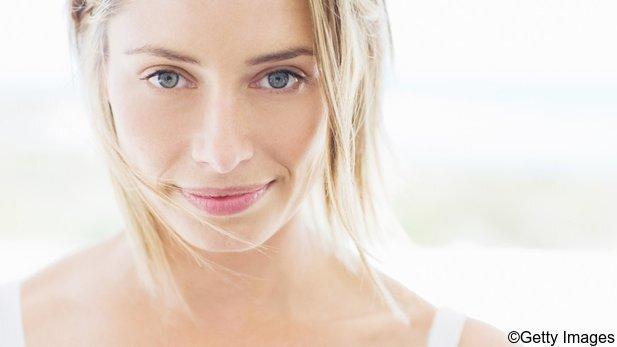 Tipps gegen unreine Haut: 5 für den Tag, 5 für die Nacht