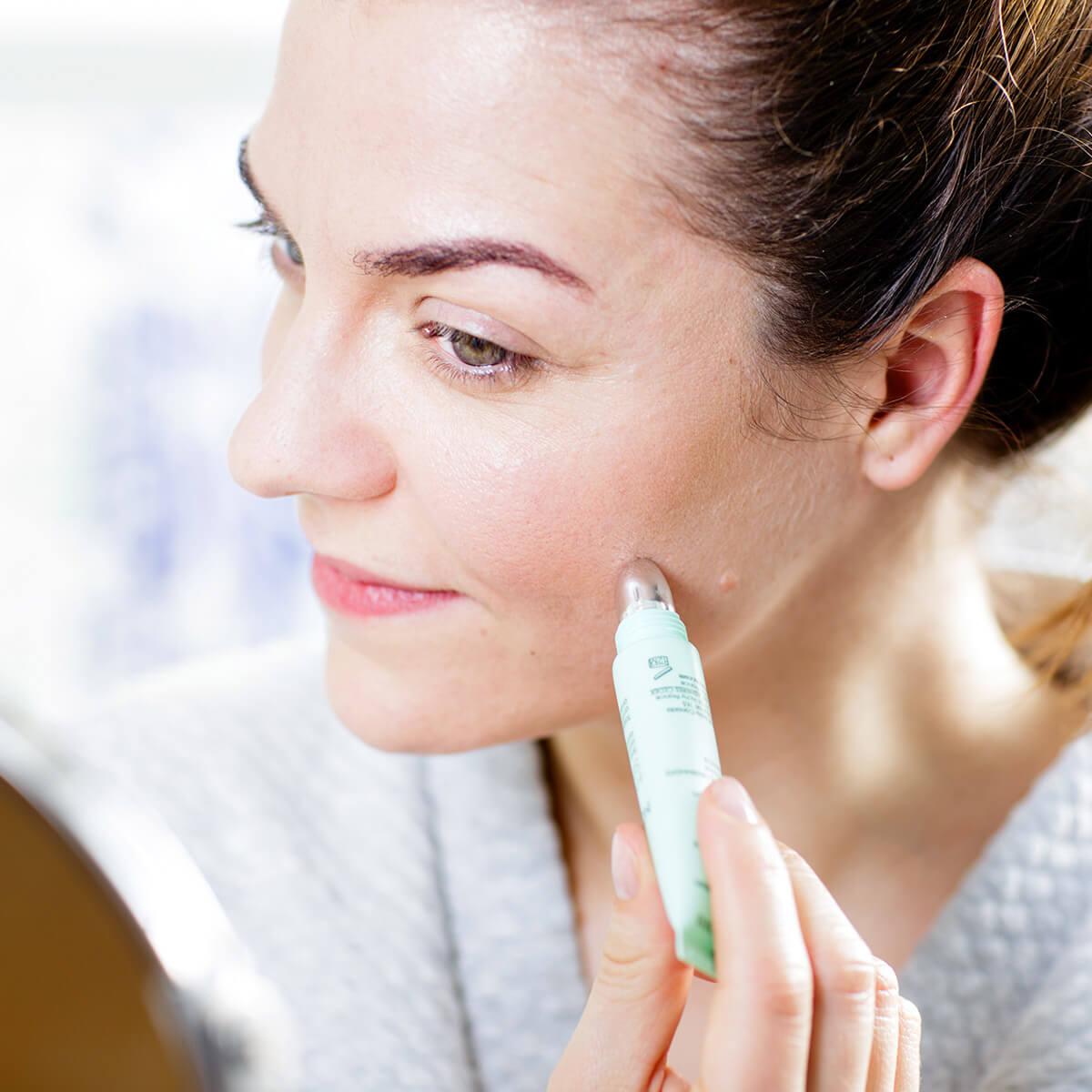 Hormonelle Umstellung – Was tun bei unreiner Haut in der Schwangerschaft oder nach Absetzen der Pille?