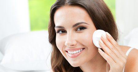 Unreine Haut: 6 einfache Schritte zum Pflegen, Vorbeugen und Abdecken