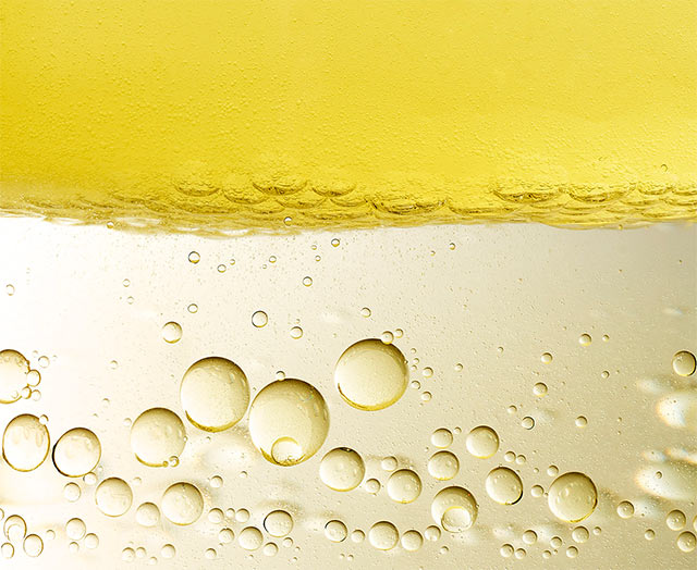 Eau de protection solaire hydratante SPF 30