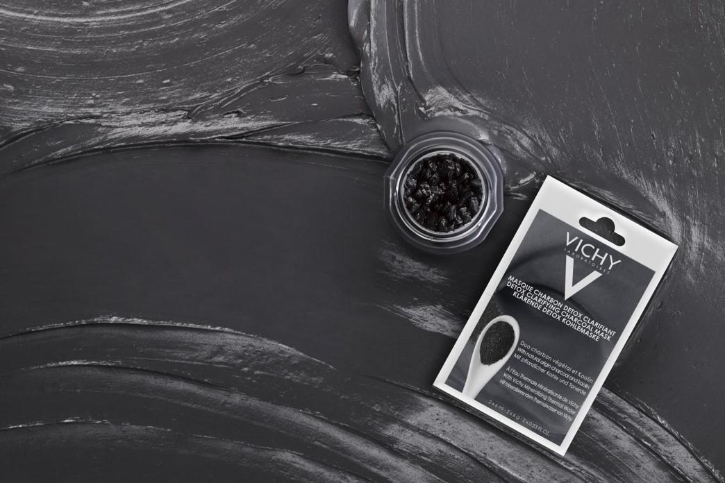 Masque Detox clarifiant au charbon