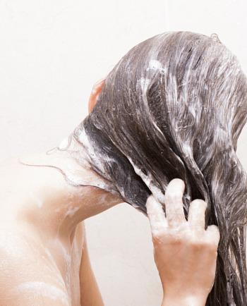 1 routine de 3 produits, 6 semaines pour des cheveux moins fins