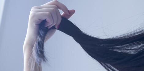 Chignon, brushing, cheveux sur-sollicités: on répare !