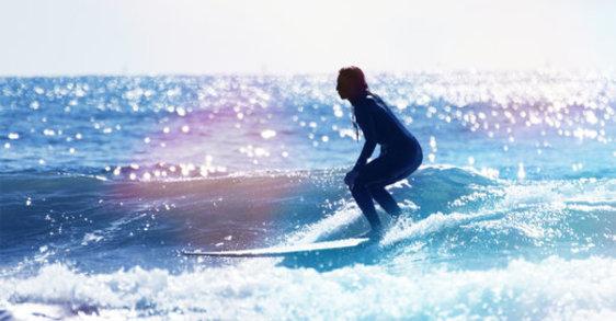 Le surf indoor : le sport slow life pour citadines