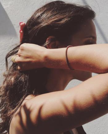 Cheveux secs : adoptez la bonne routine de soin