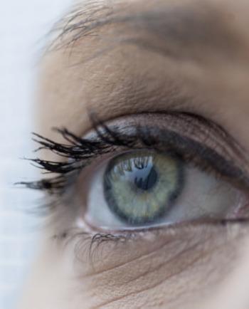 Le contour des yeux : une zone vulnérable à l'exposome