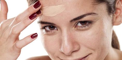 La BB Crème anti-imperfections pour les peaux mixtes à grasses