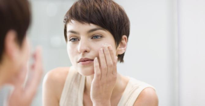 Acide hyaluronique : quels effets visibles sur la peau ?