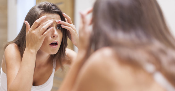 Massage visage: 1 minute contre les rides
