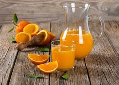 Oranges-experts-juicy-tips-for-beautiful-skin