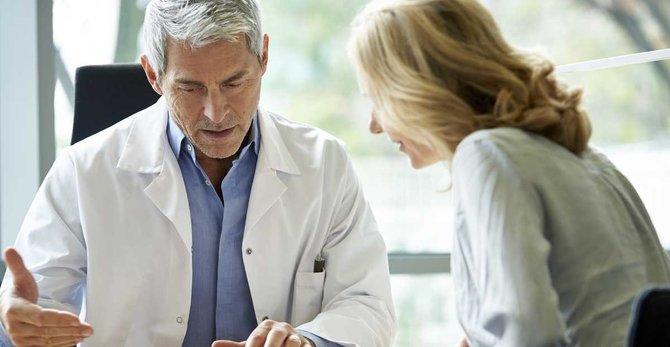 À quelle fréquence dois-je consulter mon gynécologue pendant la ménopause ?