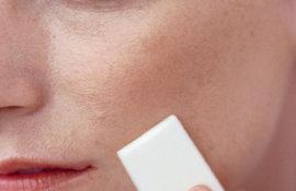 Concilier-peaux-sensibles-et-maquillage