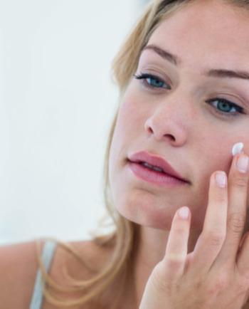 Antioxydant : pourquoi c'est essentiel dans un soin visage